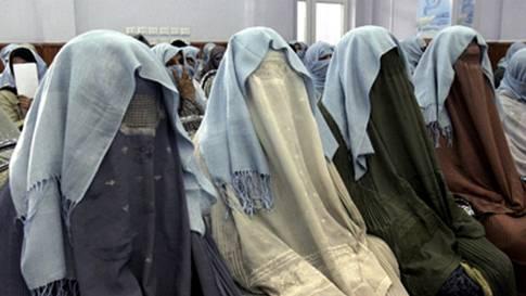 afghanska-kvinnortopp2